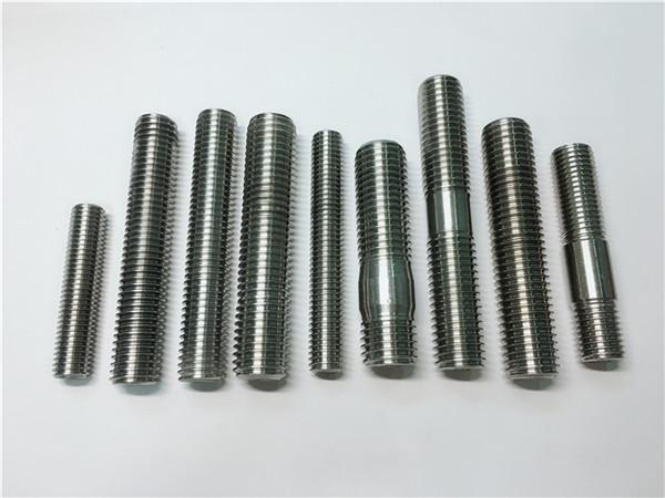 alloy718 / 2.4668 թելային գավազան, պտուտակային պտուտակներ ամրացվող din975 / din976